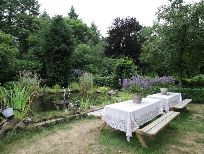 Over - Buitenplaats Elisabeth-lunch-tuin-tafels